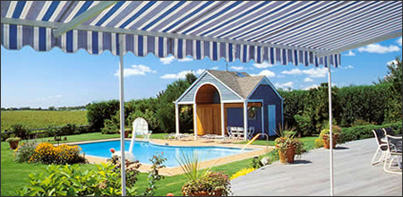 The Sunflexx® Awning Is Fully Retracted.